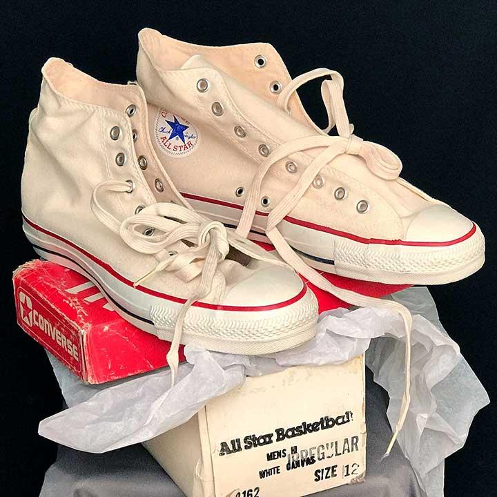 semáforo el centro comercial biología  Vintage American-made Converse All Star Chuck Taylors For Sale